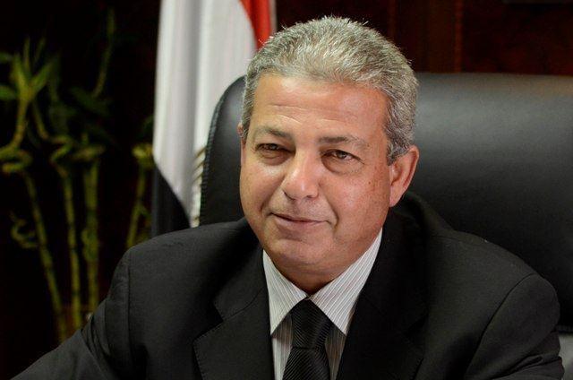 وزير الشباب والرياضة الدكتور خالد عبد العزيز