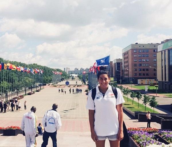 لاعبة النادي الأهلي للسباحة ريم محمد