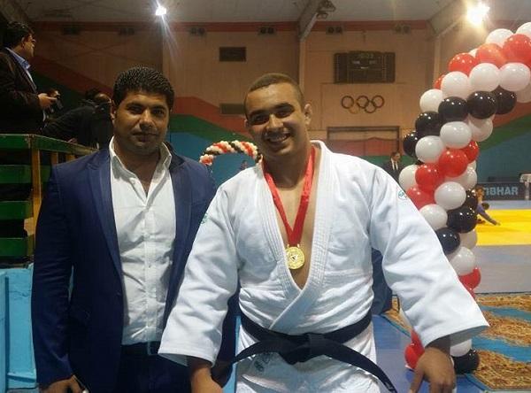 اللاعب محمد، أحد الفائزين بالذهبية في الجود للبطول العربية العسكرية