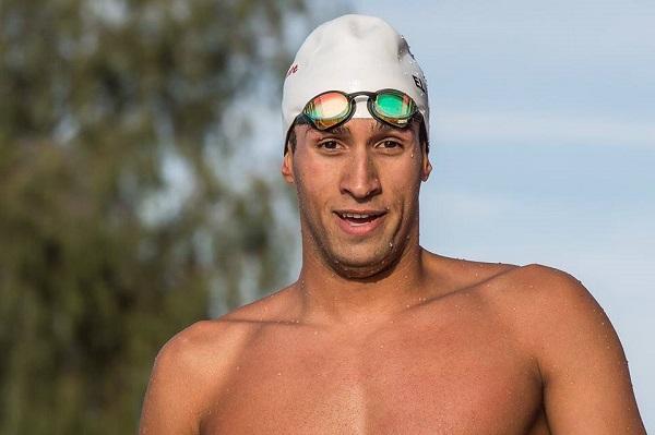 لاعب السباحة يوسف القماش