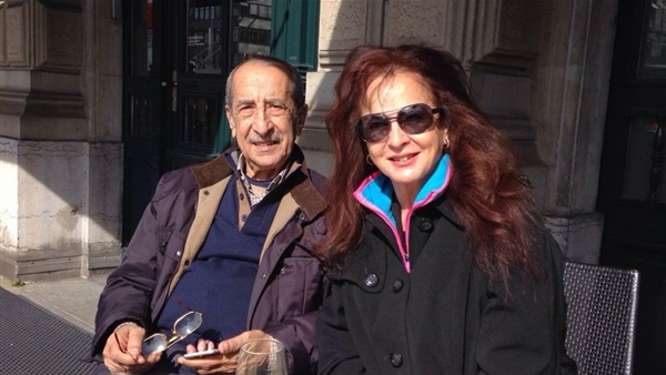 الإعلامي حمدي قنديل وزوجته الفنانة نجلاء فتحي